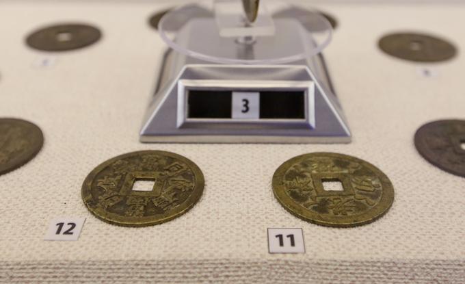 Đồng tiền Việt Nam cổ xưa nhất trưng bày ở Sài Gòn