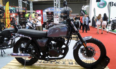 brixton-moto-phong-cach-cafe-racer-gia-59-trieu-dong