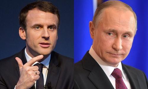 Tổng thống Pháp đắc cử Emmanuel Macron và Tổng thống Nga Vladimir Putin. Ảnh: