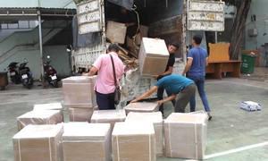 Xe tải chứa một tấn thuốc tây trị giá 5 tỷ đồng bị bắt giữ