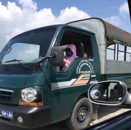 Khi ninja đường phố Việt lá xe tải.