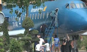 Màn diễn tập cứu con tin trên máy bay của học viên cảnh sát
