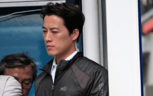 Hình ảnh vệ sĩ của tổng thống Hàn Quốc được lan truyền trên mạng. Ảnh: