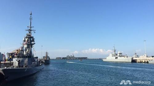 Các tàu chiến quốc tế tụ hội tại căn cứ hải quân Changi. Ảnh: CNA