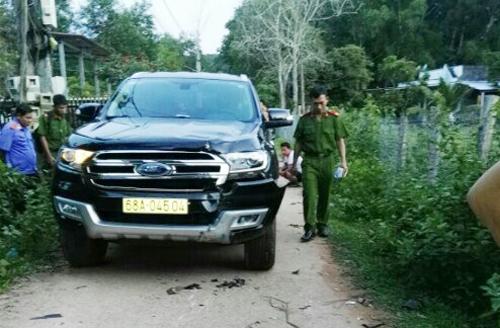 Ôtô do nam cán bộ đăng ký đất đai huyện Phú Quốc điều khiển tông chết người. Ảnh: Nam Du.
