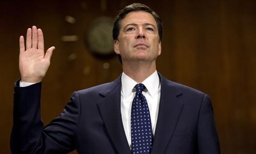 Cựu giám đốc FBI James Comey. Ảnh: Huffington Post