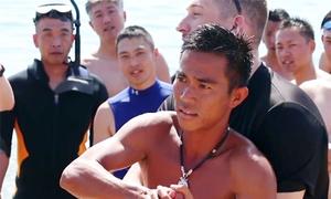 Hải quân Mỹ diễn tập cứu hộ trên biển Nha Trang