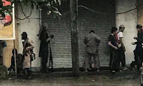Phiến quân Maute ở Marawi, Philippines. Ảnh: Rappler.