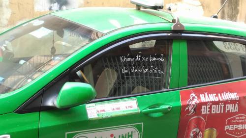 tai-xe-grabbike-bi-chem-nhap-vien-khi-don-khach-tai-ben-xe-3