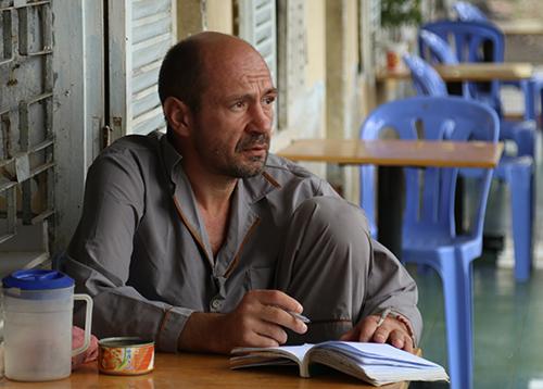 Người đàn ông Nga sống trong Trung tâm bảo trợ xã hội Khánh Hòa, hồi tháng 2. Ảnh: Xuân Ngọc