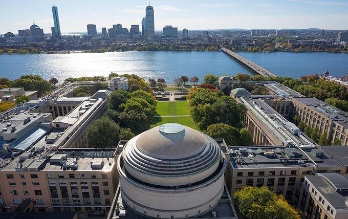 Khuôn viên đại học đào tạo công nghệ hàng đầu thế giới