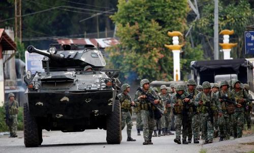 Quân đội Philippines tại thành phố Marawi. Ảnh: Reuters