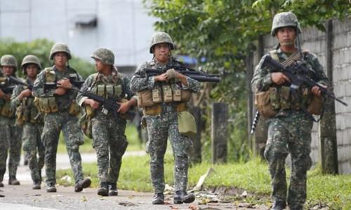 Binh lính Philippines ở Marawi. Ảnh: Inquirer