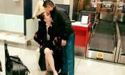 Tỷ phú Hoàng Kiều hôn tạm biệt Ngọc Trinh ở sân bay