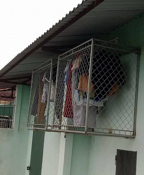 Cách chống trộm quần áo.