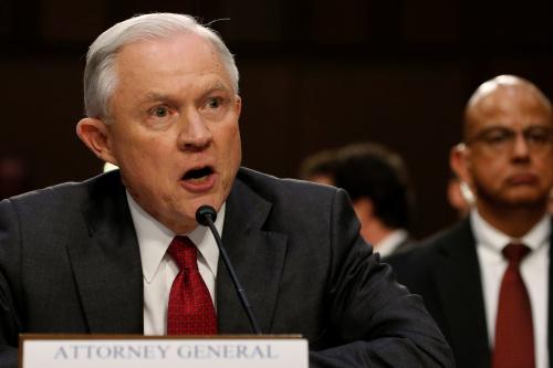 Ông Sessions phản ứng giận dữ trong cuộc điều trần hôm qua. Ảnh: Reuters
