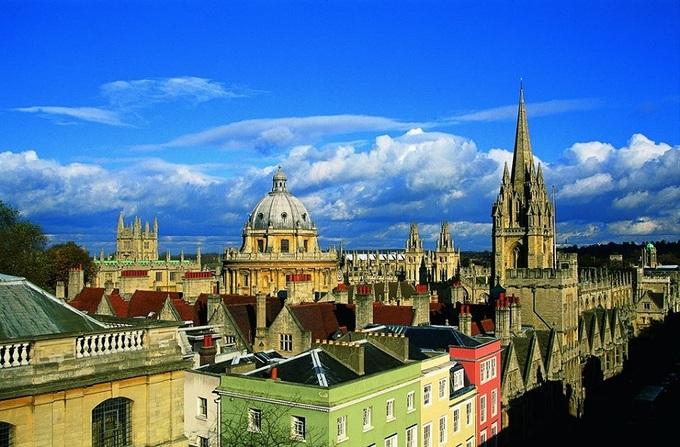 10 đại học cổ đẹp nhất Vương quốc Anh