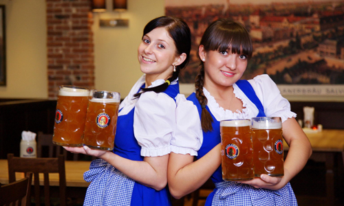 Nhóm người Anh vượt biên trái phép sang Nga chỉ để mua bia uống. Ảnh minh họa: Tucson.