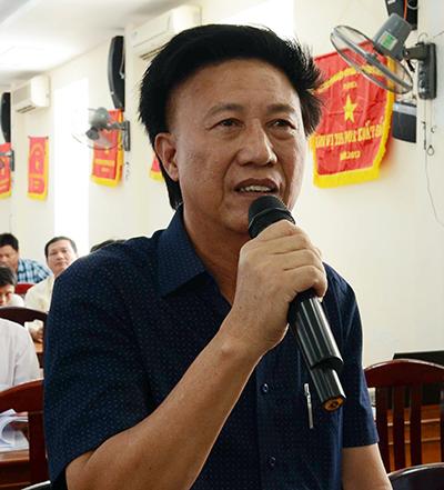 Ông Nguyễn Xuân Nguyên-Giám đốc Công ty Đại Nguyên Dương cam kết chịu chi phí sửa chữa 5 tàu vỏ thép hư hỏng do công ty đóng. Ảnh: Thạch Thảo.