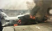 Máy bay Mỹ lao đầu xuống cao tốc bốc cháy dữ dội