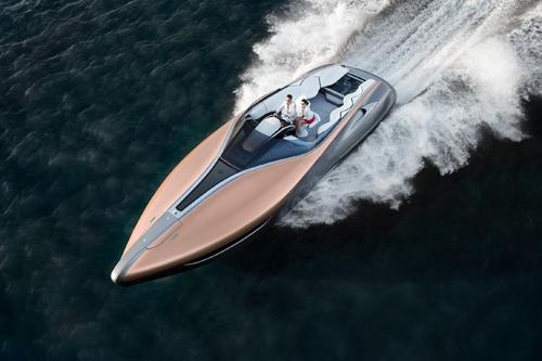Du thuyềnthể thao Lexus Sport Yacht concept lần đầu lướt sóng tại Miami.