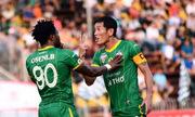 Hậu vệ Chí Công đòi chém cả làng bóng đá trên Facebook