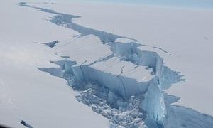 Núi băng nặng 1.000 tỷ tấn tách khỏi Nam Cực