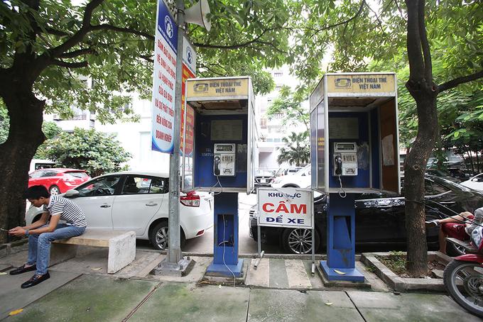 Những bốt điện thoại công cộng cuối cùng ở Hà Nội