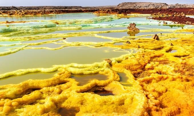 10 kỳ quan thiên nhiên nhiều màu sắc nhất thế giới