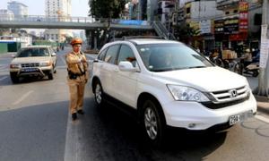 1,3 triệu ôtô Việt Nam 'cất' đăng ký xe ở ngân hàng
