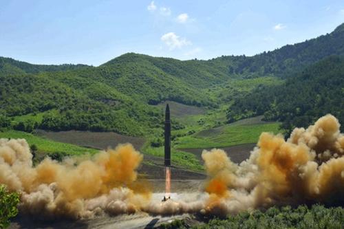 Triều Tiên phóng tên lửa hôm 4/7. Ảnh: