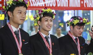 Nam sinh Quảng Bình bảo vệ thành công huy chương vàng Vật lý