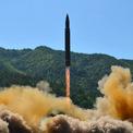 Tên lửa đạn đạo Triều Tiên mới phóng có thể bắn tới New York