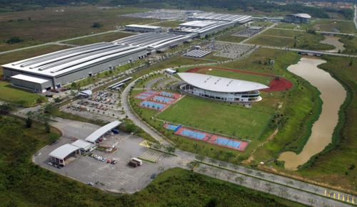 oto-trung-quoc-xam-nhap-dong-nam-a-thong-qua-malaysia