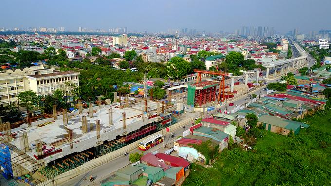 Công trường tuyến metro 36.000 tỷ đầu tiên ở Hà Nội