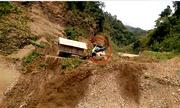 Video lũ quét cuốn phăng 2 căn nhà ở Lai Châu