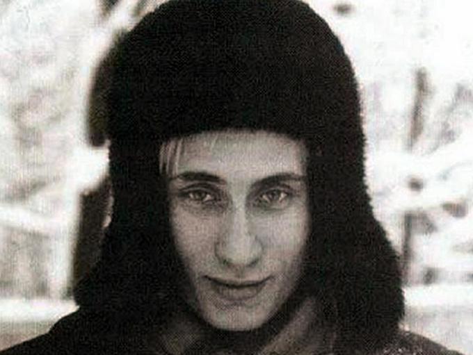 Loạt ảnh hiếm về Tổng thống Putin thời trẻ