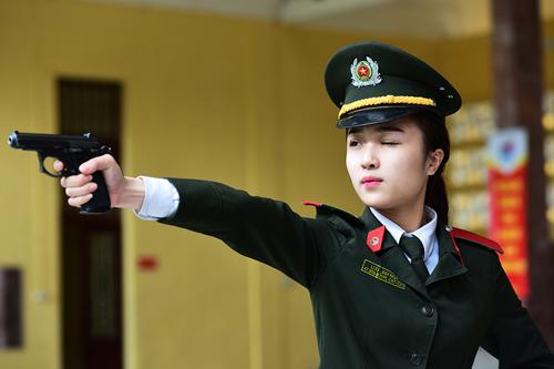 vi-sao-diem-chun-truong-cong-an-quan-doi-vuot-30