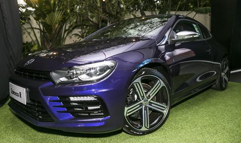 Volkswagen Scirocco Rcó giá khởi điểm 1,77 tỷ đồng tại Việt Nam.