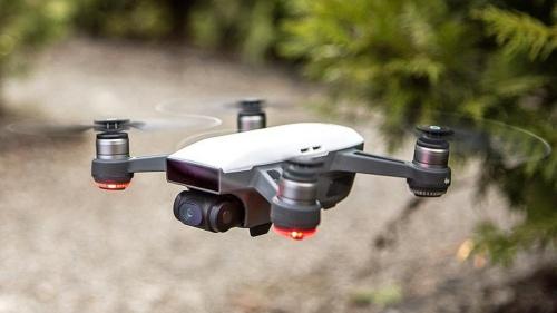 Một thiết bị bay điều khiển từ xa của