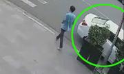 Tài xế 'bị trộm ôtô khi vào ATM rút tiền'
