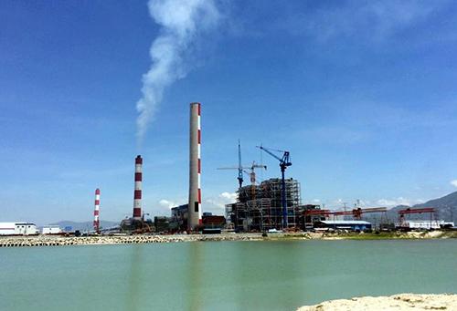 Vũng quay tàu trước nhà máy Vĩnh Tân 1. Ảnh: Phước Tuấn.