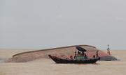 Tàu hàng bị lật úp ở biển Nghệ An sắp được trục vớt