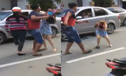 Cô gái bị đánh chảy máu đầu vì xuống ôtô giảng hòa va chạm