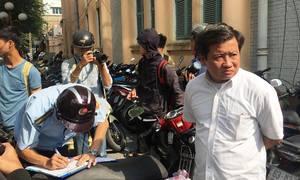 Ông Đoàn Ngọc Hải xử lý bãi giữ xe cạnh UBND quận 1