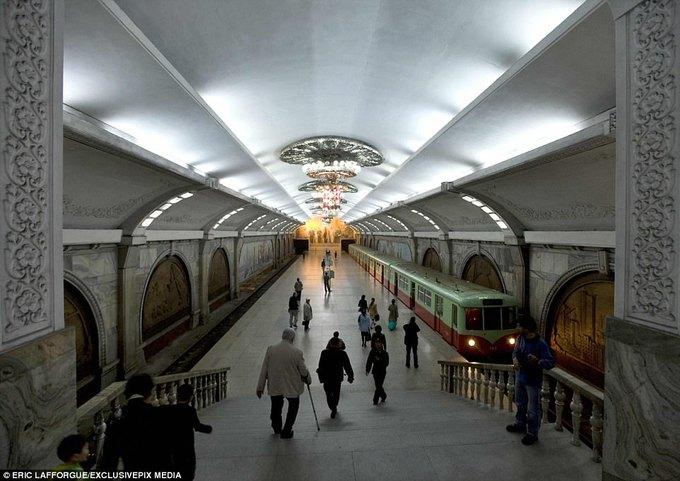 Hệ thống tàu điện ngầm kiêm hầm trú ẩn hạt nhân của Triều Tiên