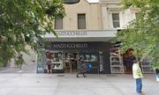Cửa hàng trang sức Australia gây tranh cãi vì ưu tiên tuyển người Việt Nam