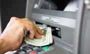 Tám cách tránh bị đánh cắp tiền khi dùng thẻ ATM