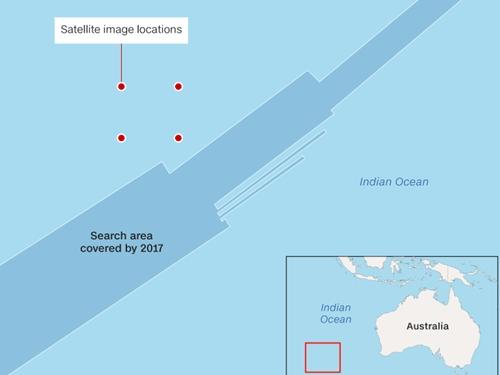 Dấu chấm đỏ cho thấy vị trí hình ảnh vệ tinh, trong khi khoảng màu xanh đậm là khu vực tìm kiếm máy bay Malaysia Airlines.