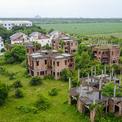 Hàng trăm biệt thự hoang tàn trong khu đô thị mới ở Đồng Nai